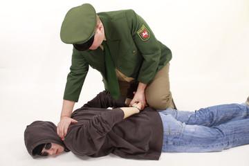 Gewaltsame Festnahme
