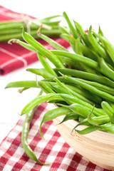 grüne Bohnen in Schale