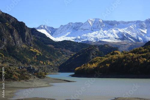 embalse de Lanuza, Pirineos