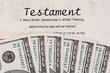 Dollar Geldscheine und englisches Testament