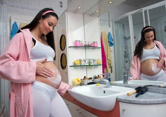 pregnanat woman