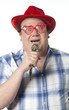 homme déguisé et karaoke karaoké
