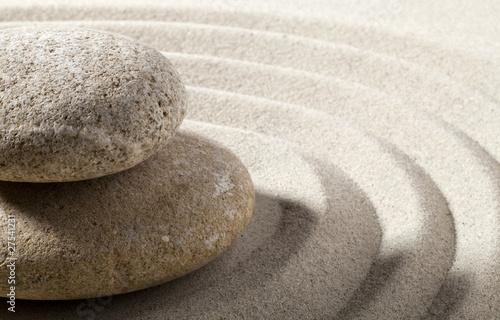 gros plan sur paysage zen galets sable - 27541231