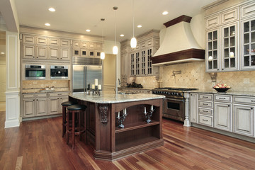 Kitchen with rectangular island