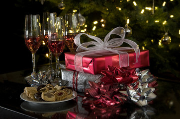 holiday gathering: drinks, snacks and gifts