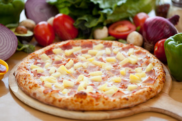 Hawaiian Pizza full 3