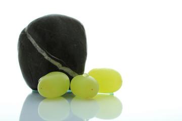 Stein und Trauben
