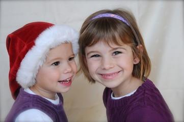 Geschwister zu Weihnachten