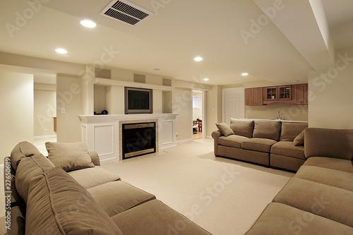 Leinwanddruck Bild Basement in luxury home