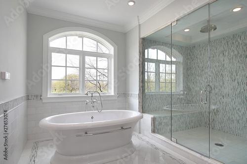 Leinwanddruck Bild Master bath with large shower