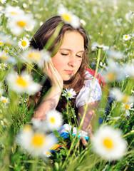 reading girl in field