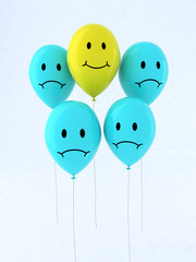 five balloon with emoticon