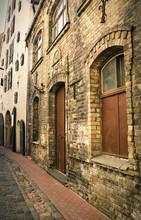 Lege straat in het oude centrum, Riga, Letland