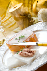 paté on golden table-paté  in tavola dorata