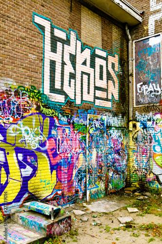 Foto op Canvas Praag Graffiti on a urban building
