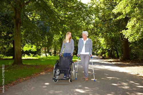 Spaziergang bei der Physiotherapie