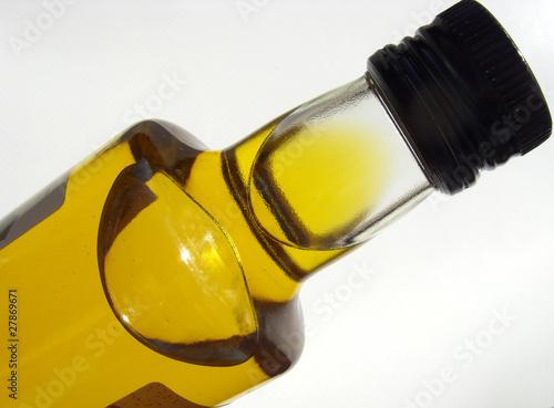 Huile d 39 olive de provence de skampixelle photo libre de for Huile d olive salon de provence