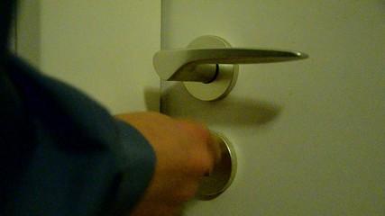 Tür abschließen