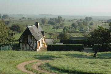 chaumiere du marais vernier en normandie