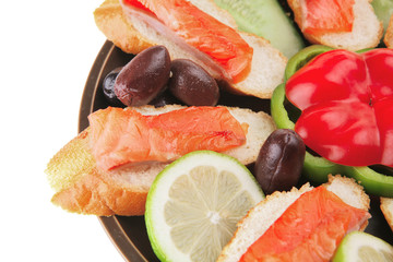 fresh vegetables with salmon