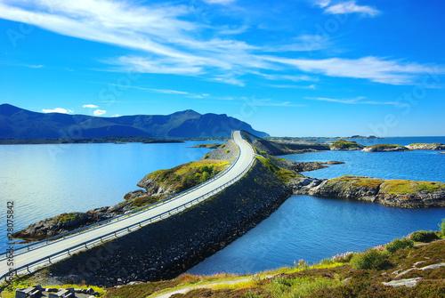 Staande foto Scandinavië Picturesque Norway landscape. Atlanterhavsvegen