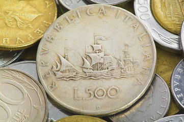 La Lira Italiana Close up