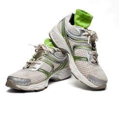 Zapatillas de correr usadas con calcetines
