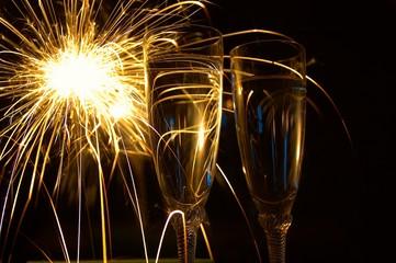 IMG_1558_sparklingwine_2x_n_sparkler.jpg
