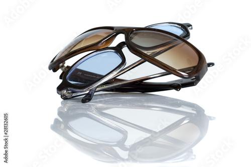 Blaue und braune Sonnenbrille - 28132605