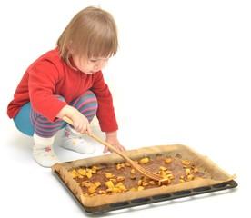 enfant a la cuisine