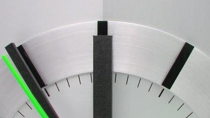 Uhr mit grüner Sekunde - Time Concept