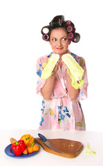 woman is preparing salad
