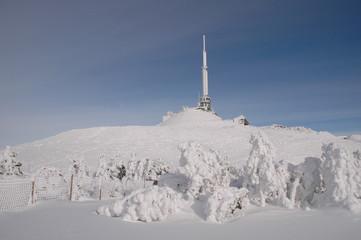 Puy de Dôme sous la neige