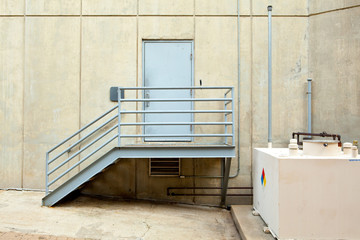 XXXL Service Door Metal Steps Storage Tank Cement Walls NFPA