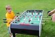 Kickerspiel im Garten