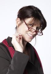 femme cadre dynamique pointilleuse