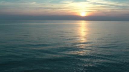 Sonnenuntergang am Meer - Sunset Ocean