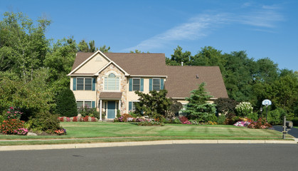 Georgian Style Single Family House in Suburbs Philadelphia, PA