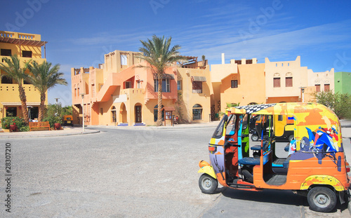 Leinwanddruck Bild City square in El-Gouna