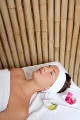 beauty woman skin treatment flowers oil