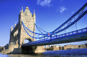 London (UK) - Tower Bridge