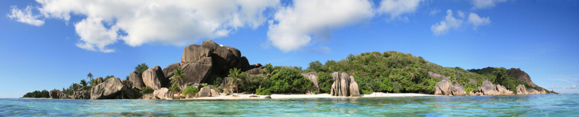Dream seascape view with a big stones, Seychelles