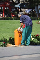 ramassage des poubelles a erevan en armenie