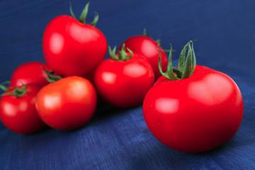 vegetables : some raw ripe fresh tomatoes