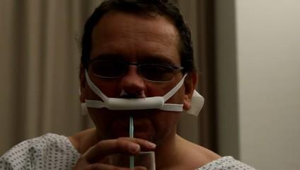 Schmerzen beim Trinken nach der Nasenoperation