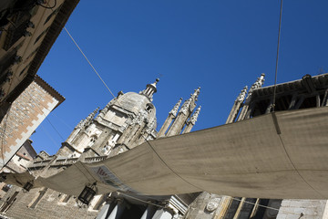 Awing in calle de la Catedral - Toledo