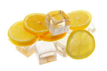 Zitronen mit Eis