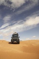 Fuoristrada nel deserto tunisino