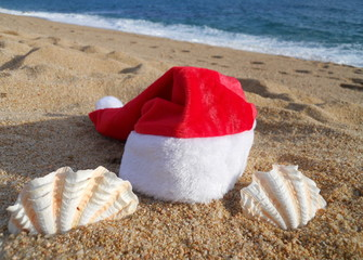santas hat and seashell