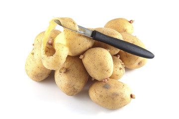 Pealing potatoes